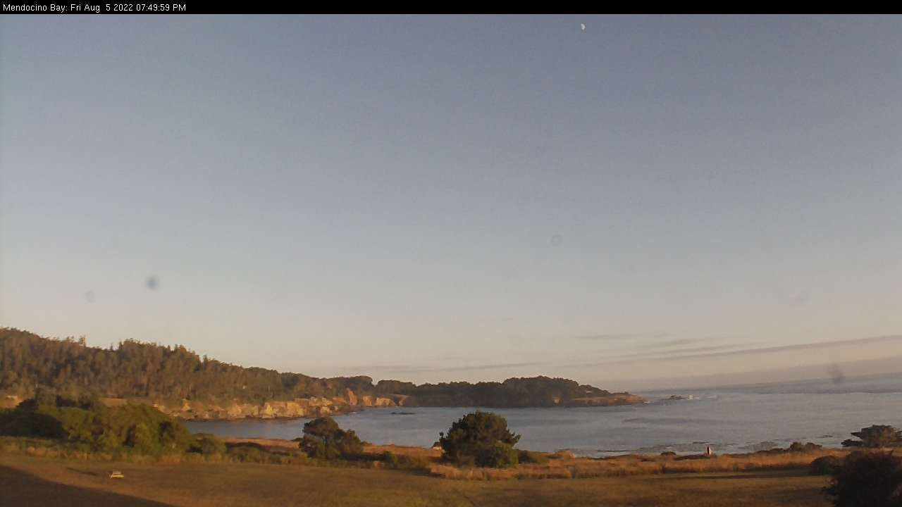 Latest Webcam Shot from Mendocino Hotel